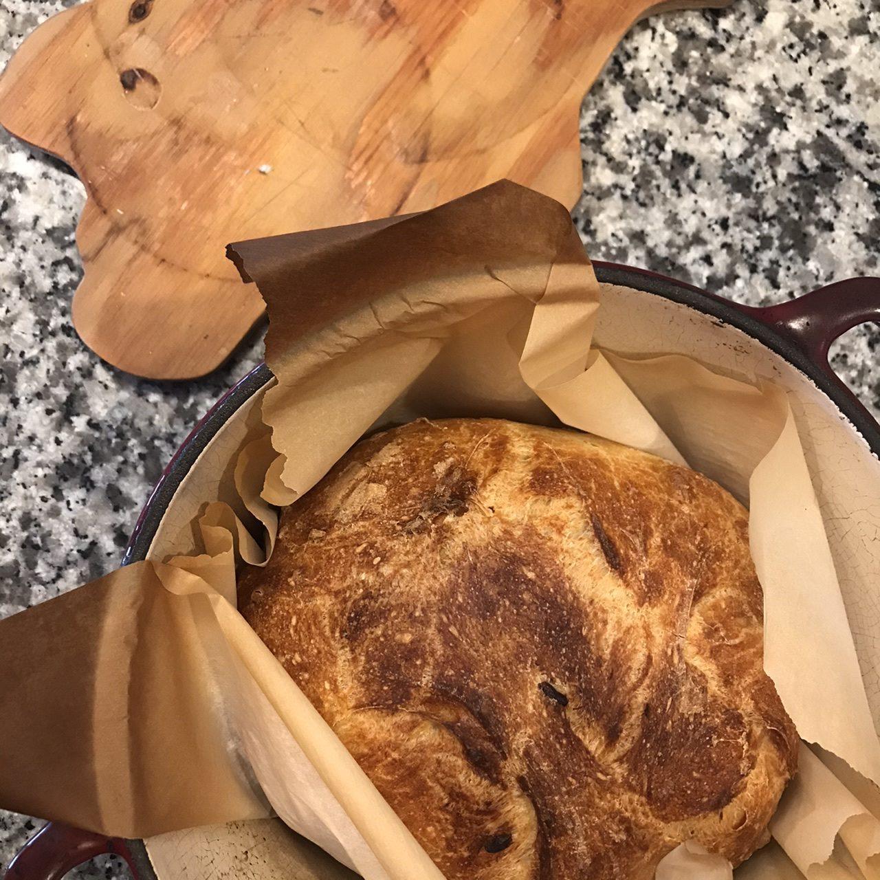 Easy roasted garlic rustic bread